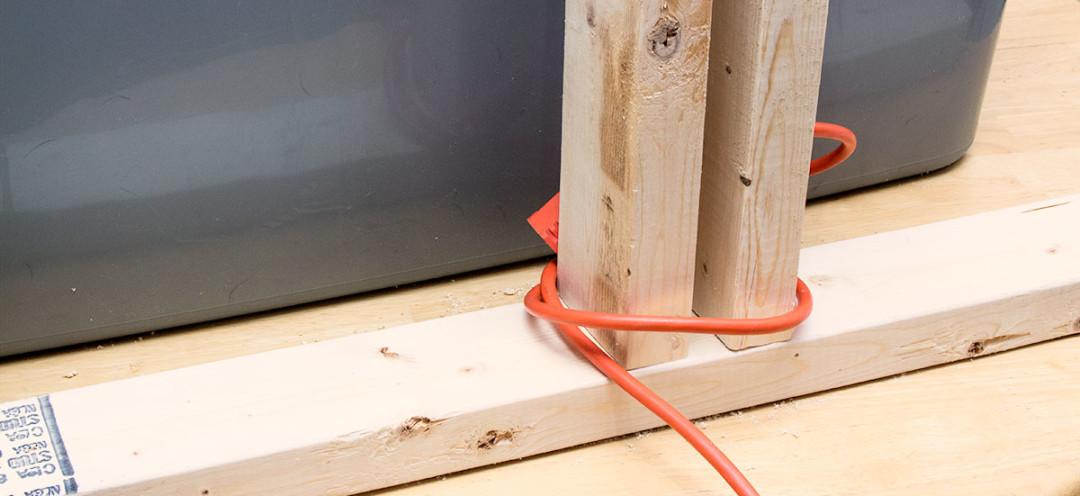DIY Heat Lamp Stand, Foot | Life In Beta